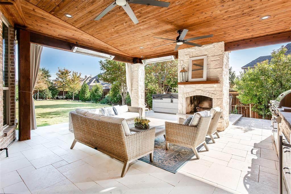 855 Fountain View Court - Photo 1