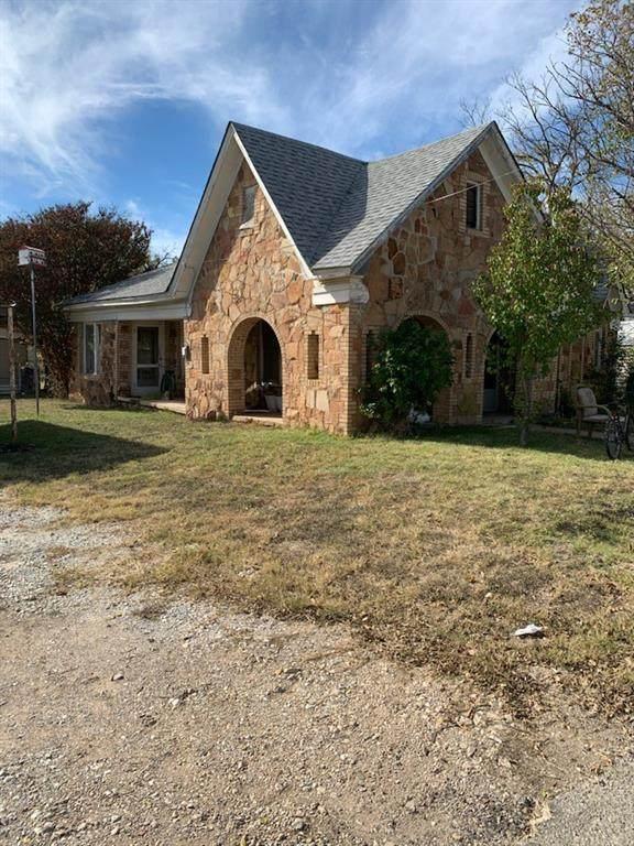 2601 Durham Avenue, Brownwood, TX 76801 (MLS #14472856) :: The Kimberly Davis Group