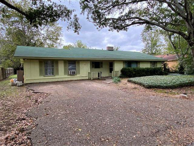 410 Meadowbrook Lane, Fairfield, TX 75840 (MLS #14473344) :: The Mauelshagen Group