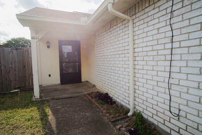 4611 Jenkins Circle - Photo 1