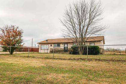 1550 Us Highway 281 S, Jacksboro, TX 76458 (MLS #14473787) :: The Mauelshagen Group