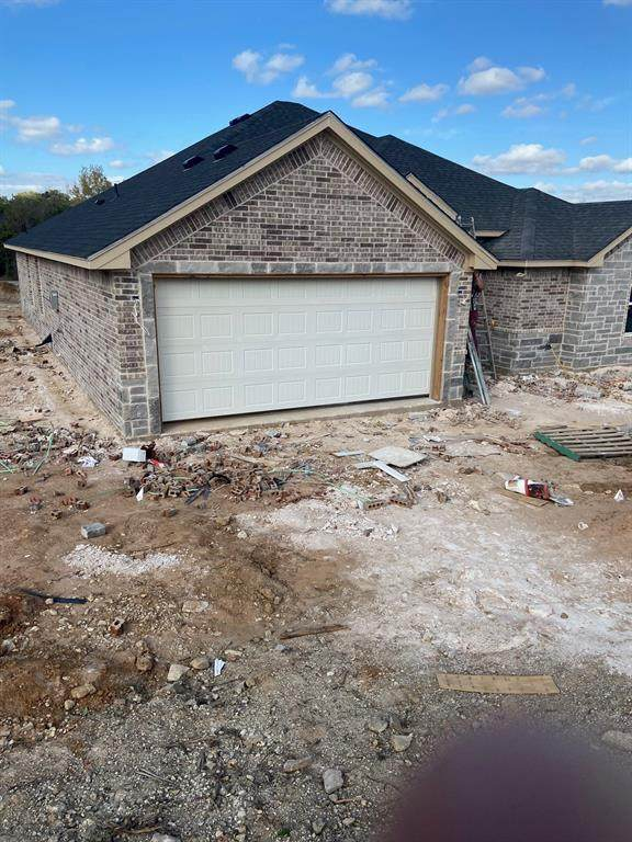 2122 Christine Drive, Granbury, TX 76048 (MLS #14474922) :: The Juli Black Team