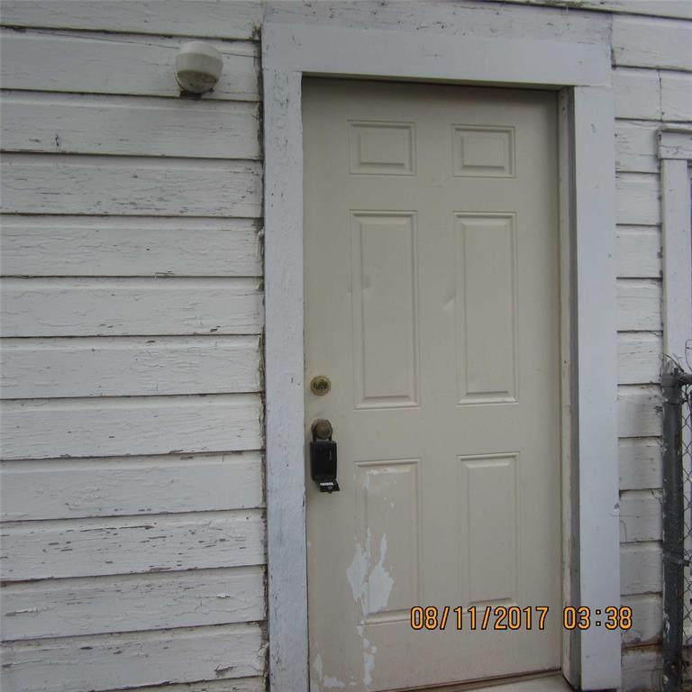 608 En 15th Street - Photo 1