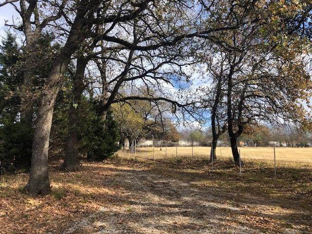 9745 Forest Drive, Burleson, TX 76028 (MLS #14476737) :: All Cities USA Realty