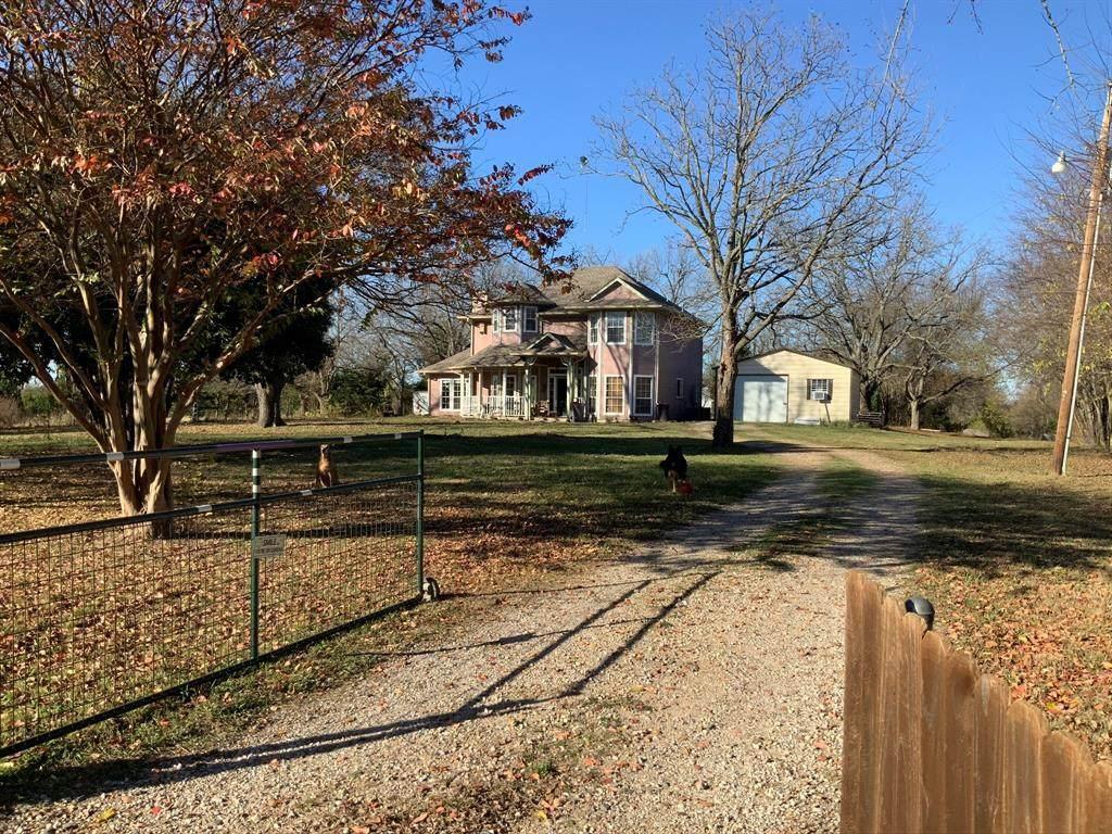 7886 County Road 1216 - Photo 1