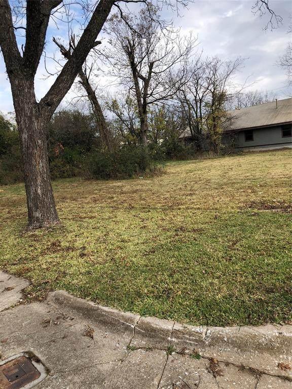 809 W Sears Street, Denison, TX 75020 (MLS #14478171) :: The Mauelshagen Group
