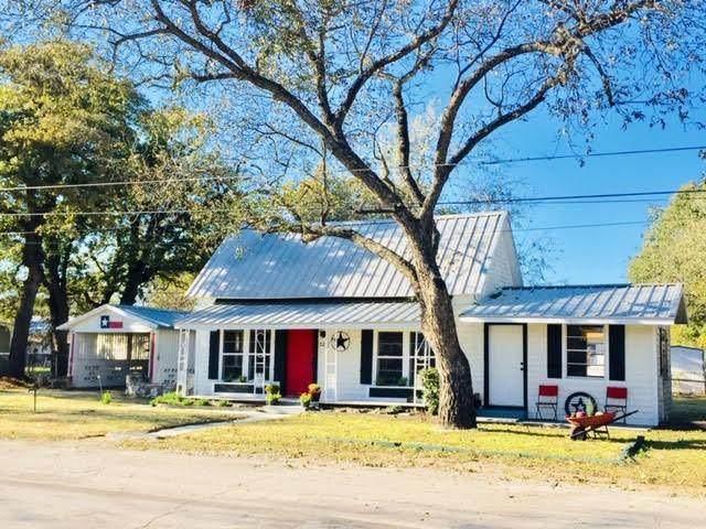 525 W Elm Street, Stephenville, TX 76401 (MLS #14479432) :: The Mauelshagen Group
