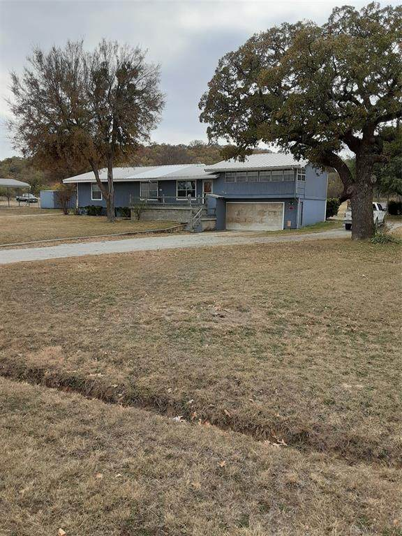 7601 County Road 550, Brownwood, TX 76801 (MLS #14481561) :: The Mauelshagen Group