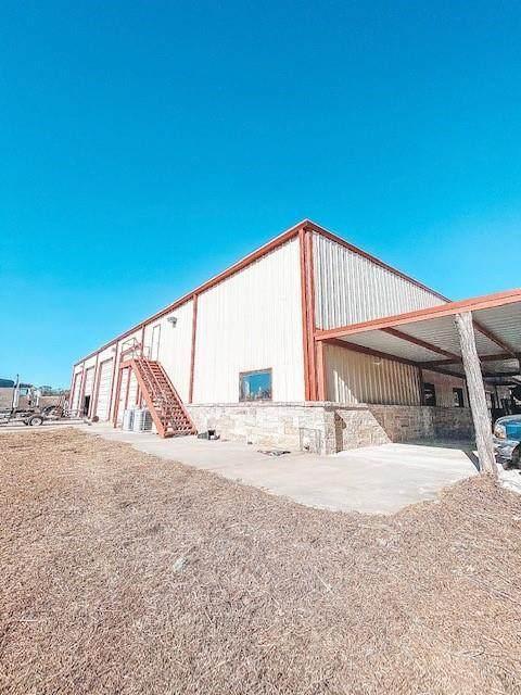 5340 E 67 Highway, Alvarado, TX 76009 (MLS #14481963) :: The Star Team | JP & Associates Realtors