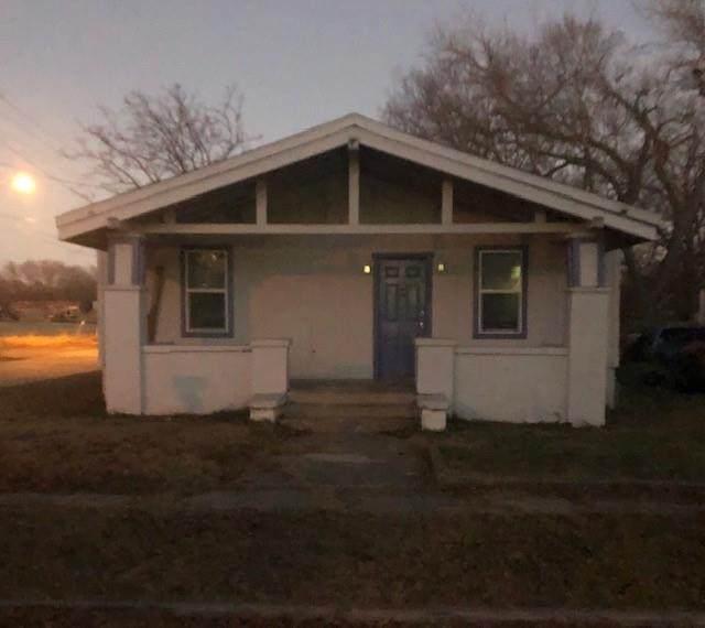 626 Moran Street, Gainesville, TX 76240 (MLS #14482382) :: Premier Properties Group of Keller Williams Realty