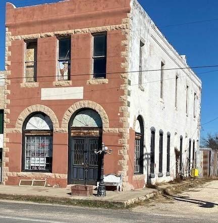 4152 3rd Street, Walnut Springs, TX 76690 (MLS #14482590) :: The Kimberly Davis Group