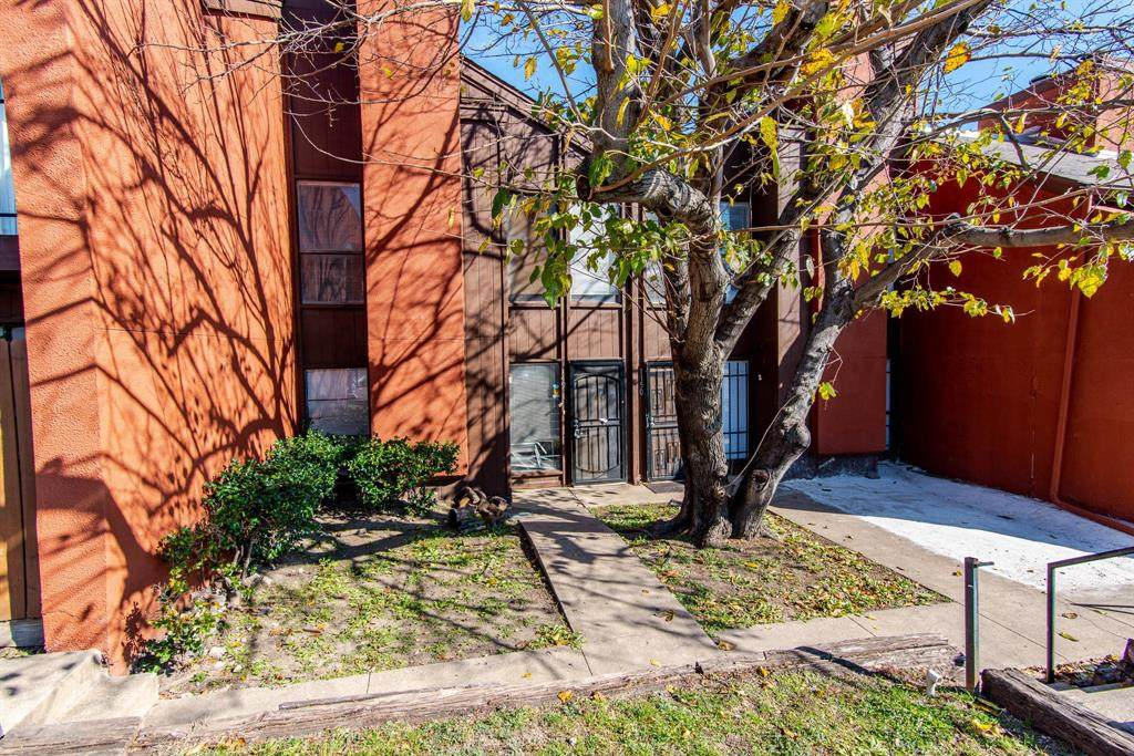 7152 Fair Oaks Avenue - Photo 1