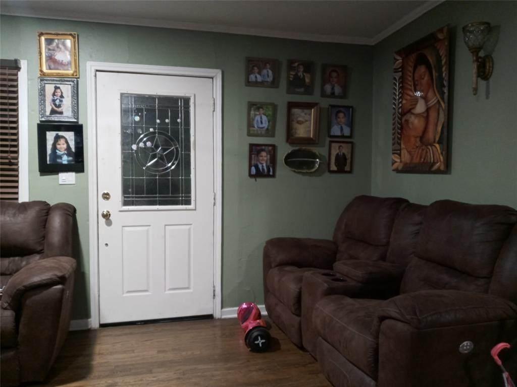 2437 Nicholson Drive - Photo 1