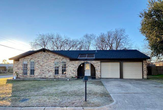 5101 Cummings Drive, North Richland Hills, TX 76180 (MLS #14493912) :: Potts Realty Group