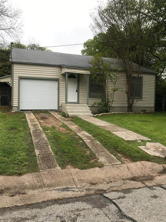 404 Mccarty Street, Weatherford, TX 76086 (MLS #14494123) :: All Cities USA Realty