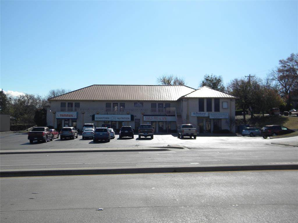 224 Fort Worth Highway - Photo 1