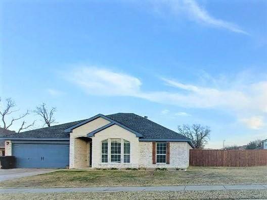 700 Kriston Drive, Azle, TX 76020 (MLS #14497593) :: Maegan Brest   Keller Williams Realty