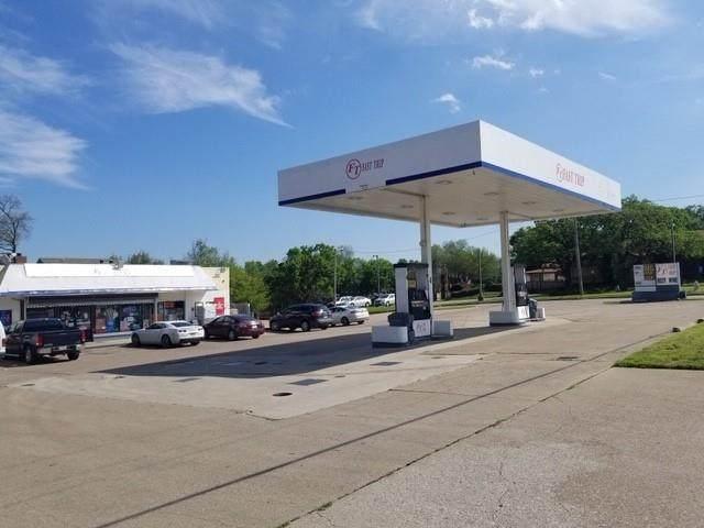 2721 N Collins Street, Arlington, TX 76006 (MLS #14500213) :: RE/MAX Pinnacle Group REALTORS