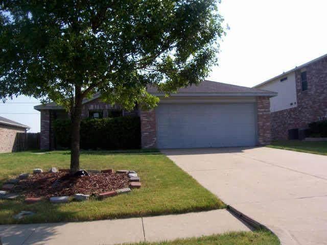 4216 Boxwood Drive, Balch Springs, TX 75180 (MLS #14501102) :: The Heyl Group at Keller Williams