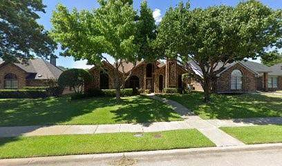 2003 Greenstone Trail, Carrollton, TX 75010 (MLS #14501319) :: All Cities USA Realty