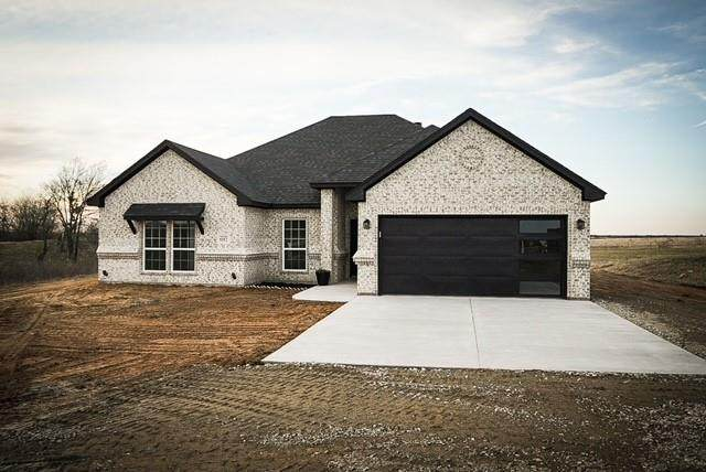 6117 Fm 2728, Terrell, TX 75161 (MLS #14501443) :: The Kimberly Davis Group