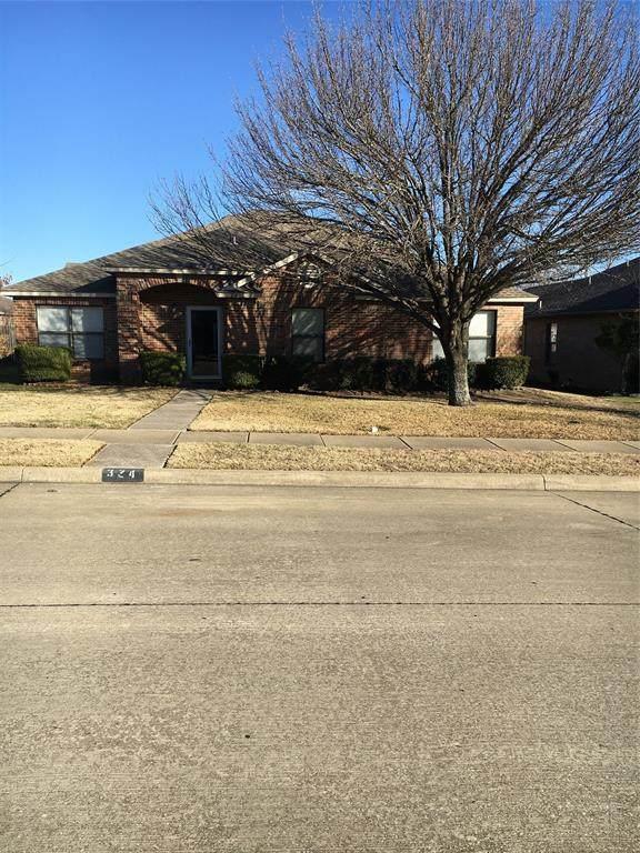 324 Wentwood Drive, Cedar Hill, TX 75104 (MLS #14502087) :: The Hornburg Real Estate Group