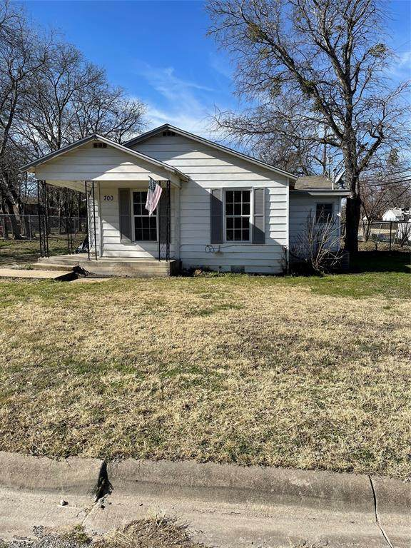 700 Kimbrough Street, White Settlement, TX 76108 (MLS #14502303) :: The Juli Black Team