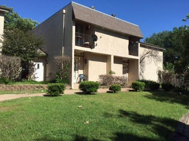 1909 Kingswood Court, Denton, TX 76205 (MLS #14502495) :: Post Oak Realty