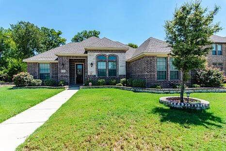 3020 Courtney Lane, Glenn Heights, TX 75154 (MLS #14502535) :: Robbins Real Estate Group
