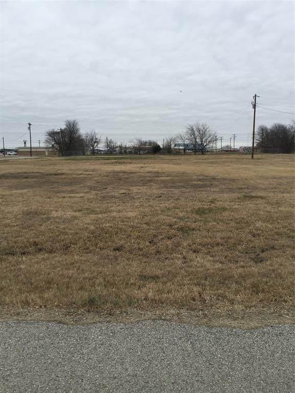 108 Sawyers Drive, Quinlan, TX 75474 (MLS #14503118) :: The Kimberly Davis Group