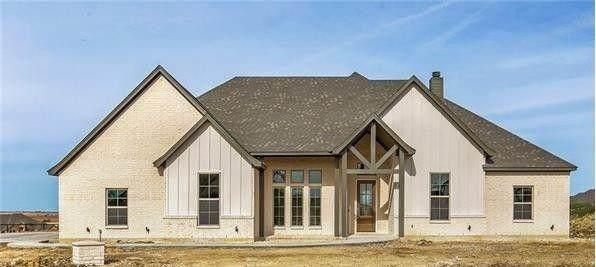 257 Agua Linda, Godley, TX 76044 (MLS #14503551) :: Hargrove Realty Group