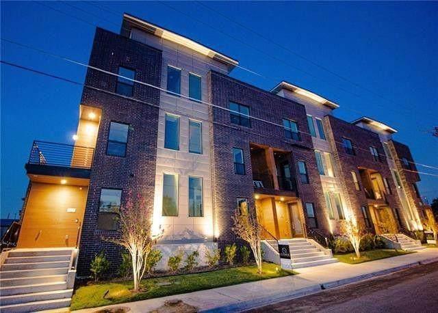 2000 Park Avenue, Dallas, TX 75215 (MLS #14504719) :: Robbins Real Estate Group