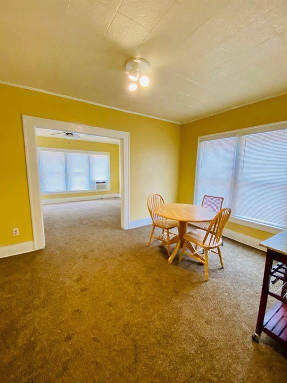 905 Wells, Stamford, TX 79553 (MLS #14505222) :: The Heyl Group at Keller Williams