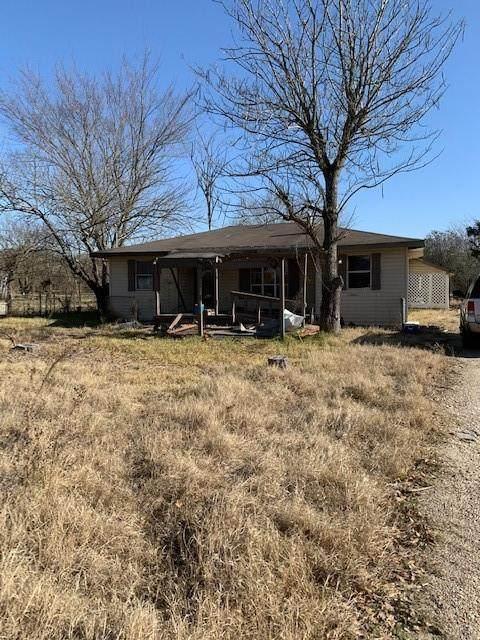 10081 Sleepy Hollow Road, Terrell, TX 75161 (MLS #14505742) :: The Kimberly Davis Group
