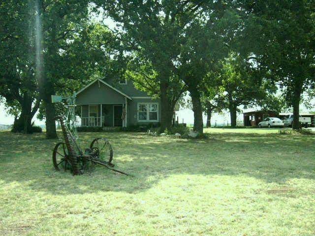 2309 County Road 801B, Cleburne, TX 76031 (MLS #14506190) :: The Mauelshagen Group