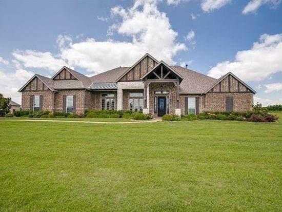 304 Chisholm Ridge Drive, Rockwall, TX 75032 (MLS #14506239) :: NewHomePrograms.com