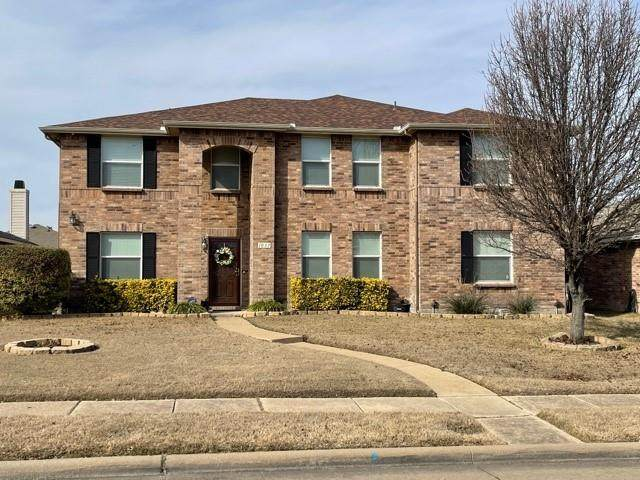 1037 Bumble Bee Drive, Lancaster, TX 75134 (MLS #14507074) :: Robbins Real Estate Group