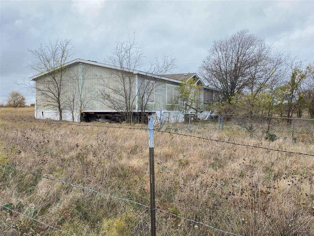 5209 County Road 915 - Photo 1