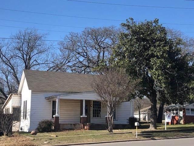 1513 N Main Street, Weatherford, TX 76086 (MLS #14513877) :: The Mauelshagen Group