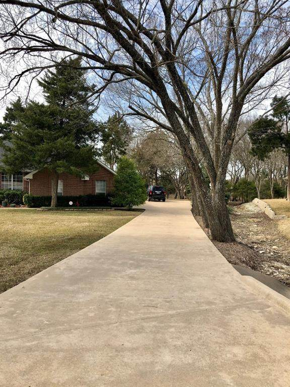 1196 Sharpshire Court, Waxahachie, TX 75165 (MLS #14514495) :: Team Tiller