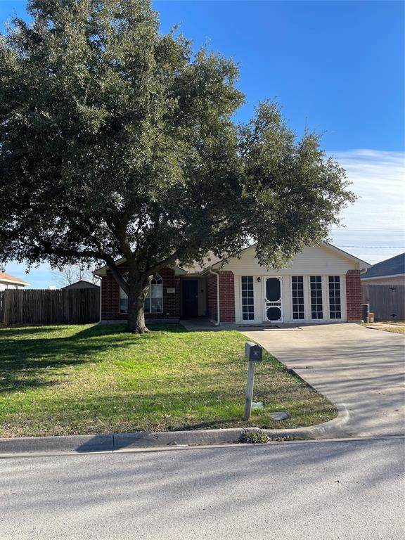 504 Fort Worth Street, Mansfield, TX 76063 (MLS #14517019) :: The Chad Smith Team