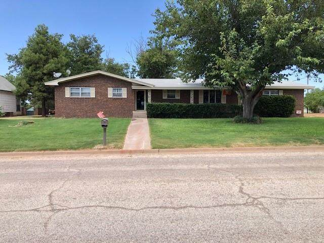411 E Burnside Street, Rotan, TX 79546 (MLS #14518582) :: The Chad Smith Team