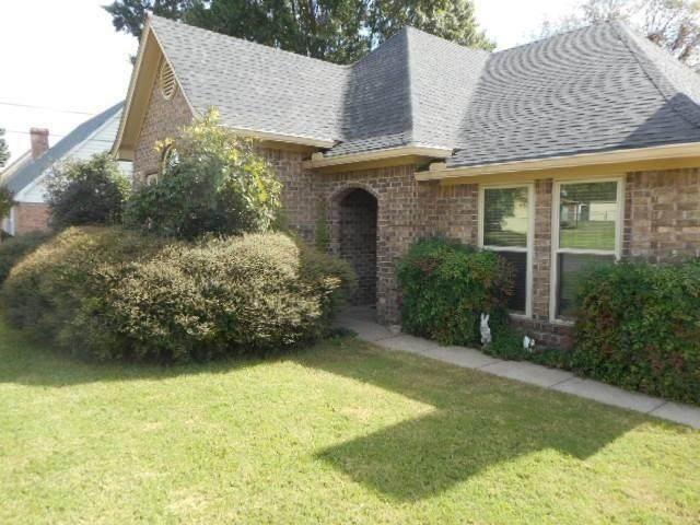 1800 Gena Drive, Sulphur Springs, TX 75482 (MLS #14518944) :: Team Tiller