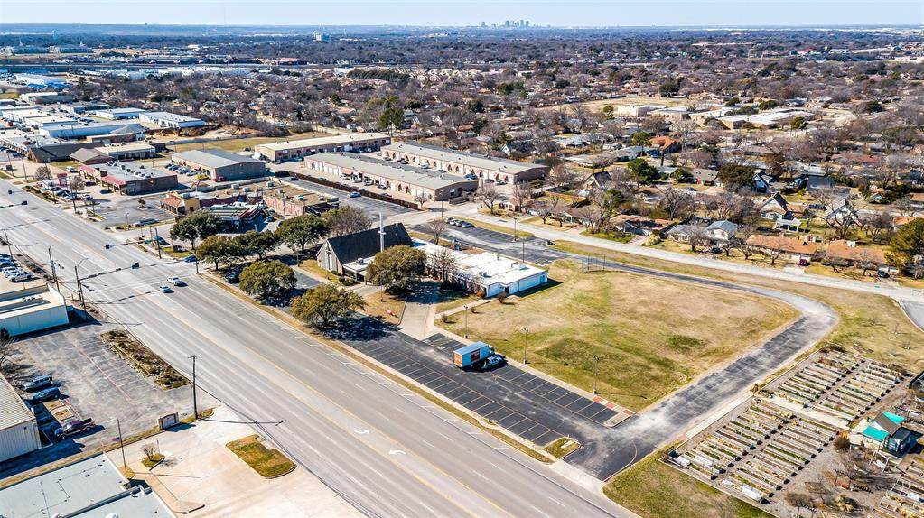 5301 Davis Boulevard - Photo 1