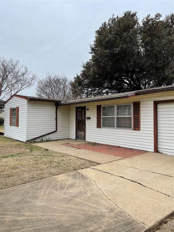 13109 Wilmington Drive, Farmers Branch, TX 75234 (MLS #14522634) :: Jones-Papadopoulos & Co