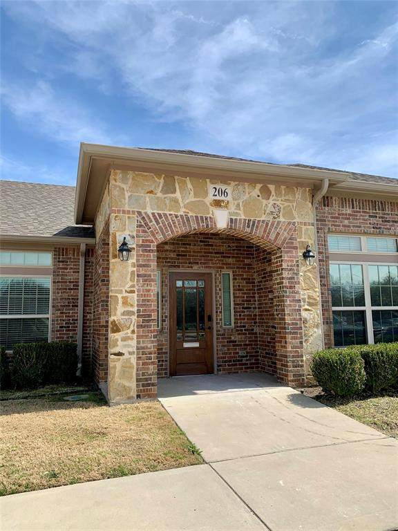 2785 Rockbrook Drive #206, Lewisville, TX 75067 (MLS #14525670) :: The Kimberly Davis Group