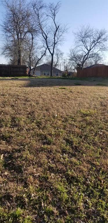 820 E 6th Street, Bonham, TX 75418 (MLS #14525791) :: Jones-Papadopoulos & Co