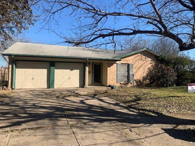 528 Wallace Drive, Crowley, TX 76036 (MLS #14525986) :: Craig Properties Group