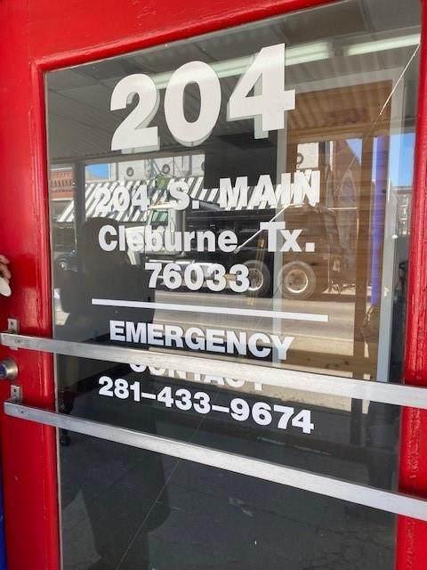 204 S Main Street, Cleburne, TX 76033 (MLS #14528237) :: Maegan Brest | Keller Williams Realty