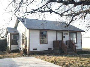 2115 Oakwood Street, Haltom City, TX 76117 (MLS #14528311) :: All Cities USA Realty